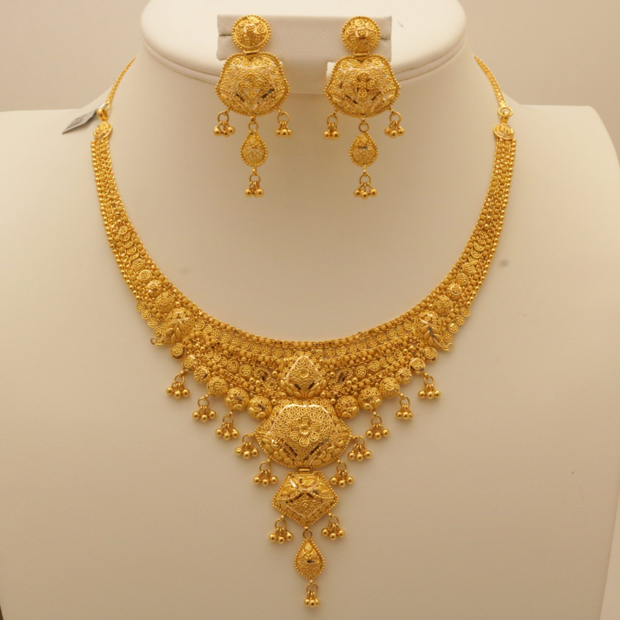 indian gold jewellery necklace sets Google Search