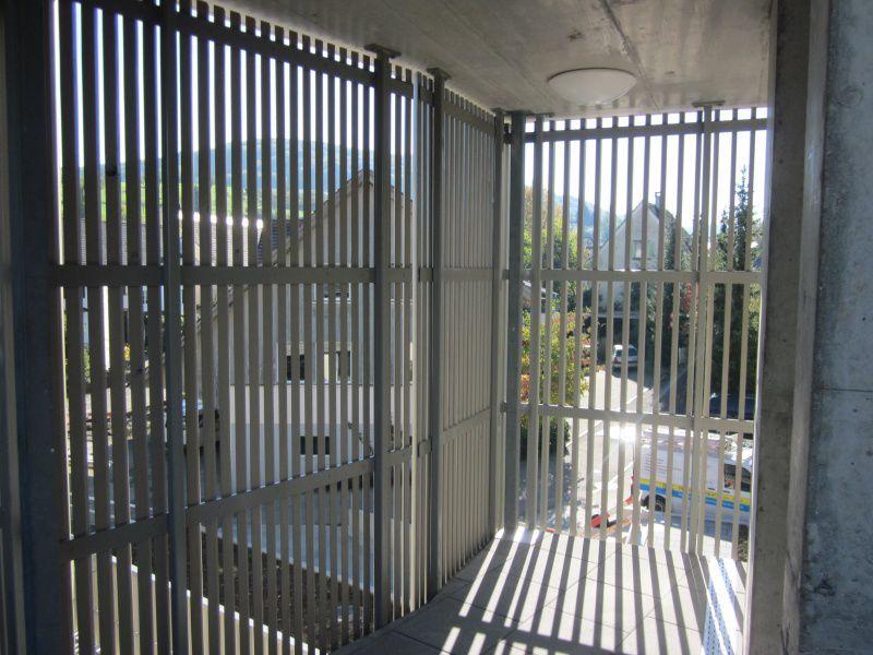 bildergebnis f r metall lamellen mbfwb lounge sonnenschutz pinterest lamellen metall. Black Bedroom Furniture Sets. Home Design Ideas