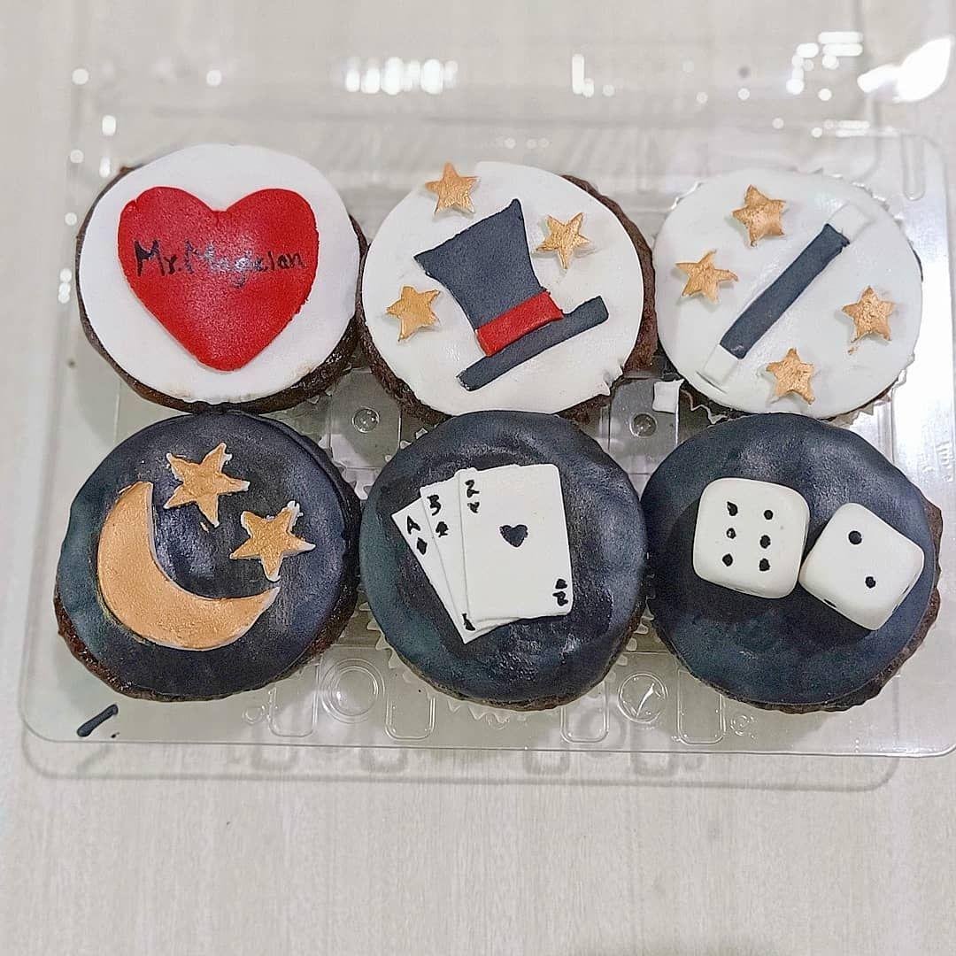 #magic #magician #dice #hat #cakes #cake #cakedecorating #cupcakes #birthdaycake #food #cakesofinstagram #chocolate #baking  #foodporn #instacake&