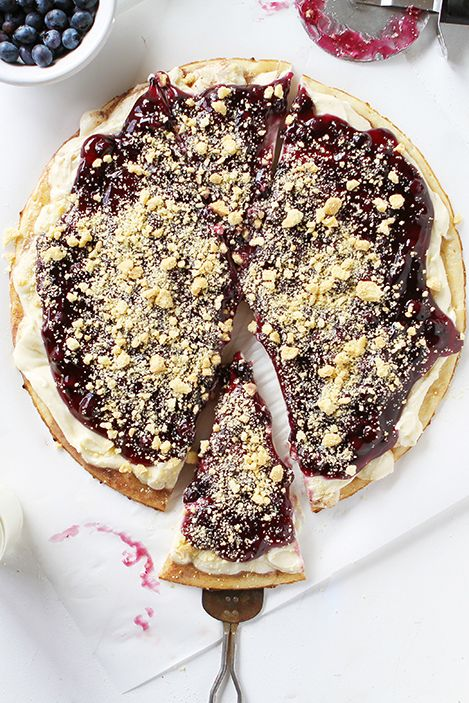31 Delicious Blueberry Recipes To Enjoy All Summer Long Blueberry Dessert Pizza Blueberry Recipes Blueberry Desserts