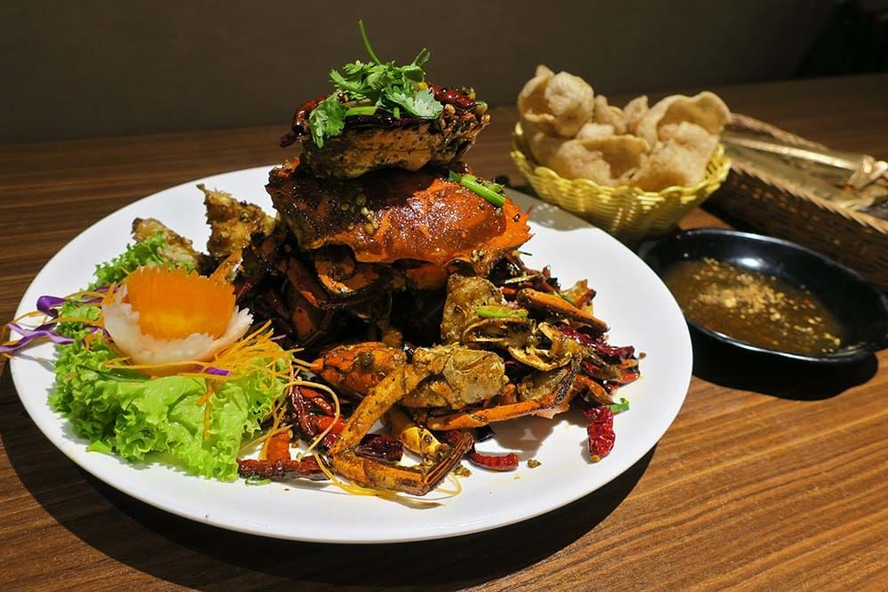Yassin Kampung Halal Tze Char With A Series Of Mala Creations And Kampung Durian Chicken Foodgem Food Travel Food Halal Travel Food