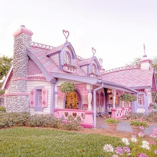 Pink Houses Pink Houses Piiiiiiink Houses Yes Yessss Fairytale House Unique House Design Unusual Homes