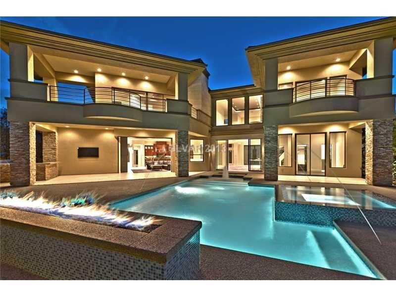 Las Vegas Homes with astounding pool on 1 DRIFTING SHADOW