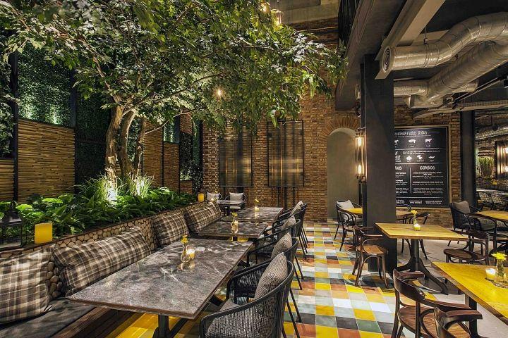 Hurricane S Grill Restaurant By Metaphor Interior Jakarta Indonesia Retail Design Blog Grill Restaurant Bar Design Restaurant Bar Restaurant Interior