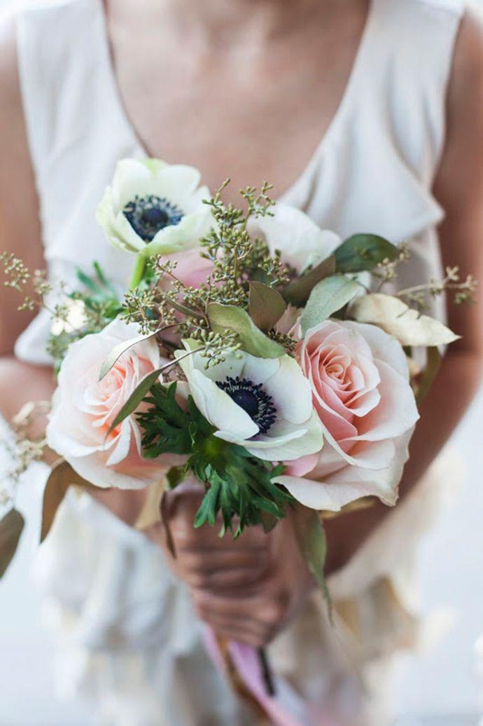 Anemonen Brautstrue  Brautstrue  Brautstrue Brautstrau herbstblumen und Braut