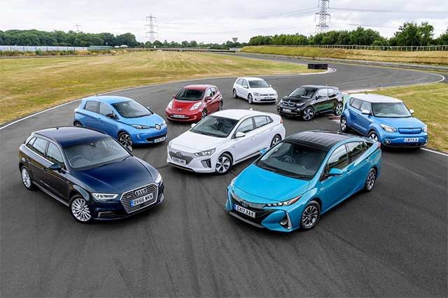 One new electric car registered every seven minutes in the UK last year