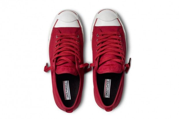 69a6290c1bb7 undefeated-converse-2012