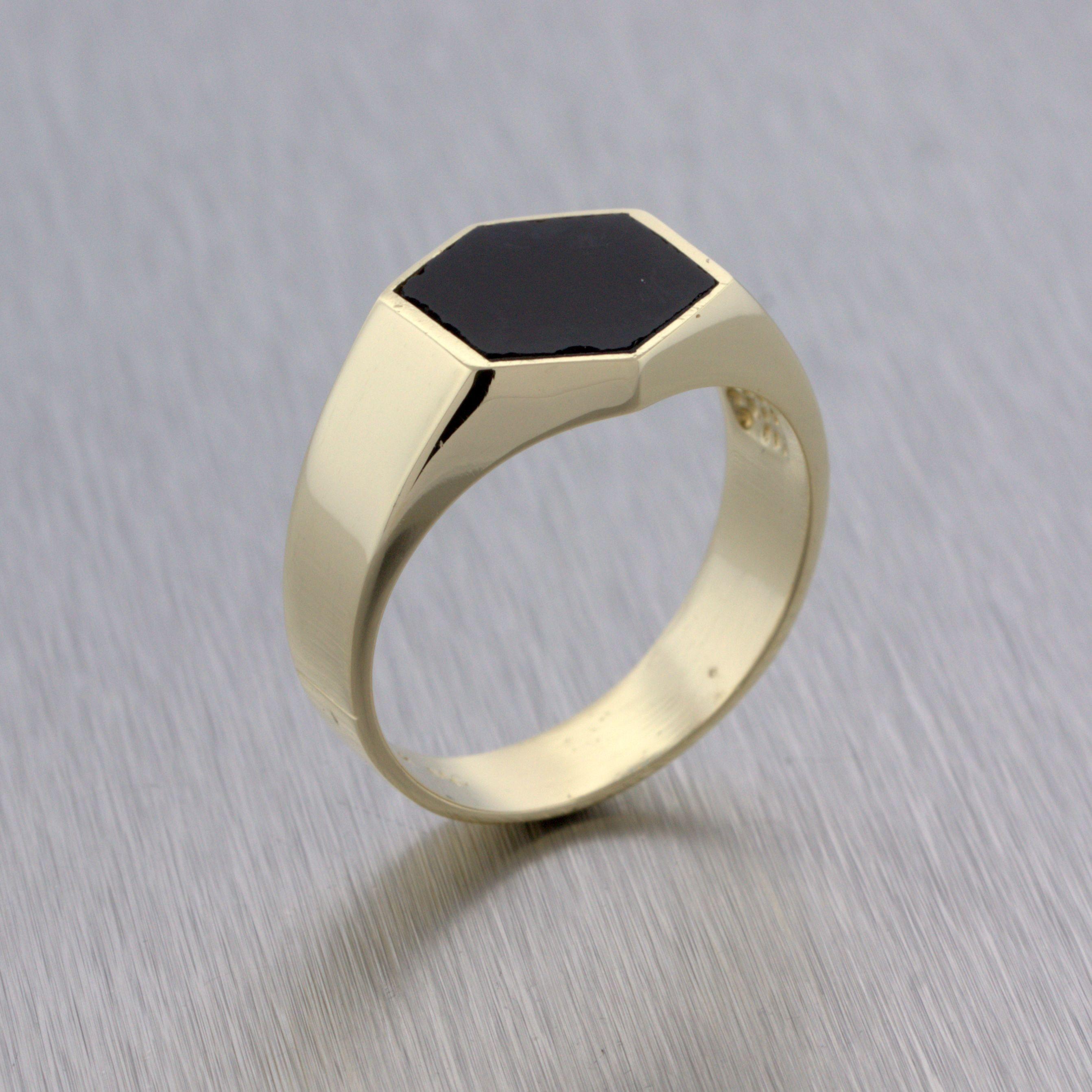 Yellow Gold Hexagon Onyx Ring