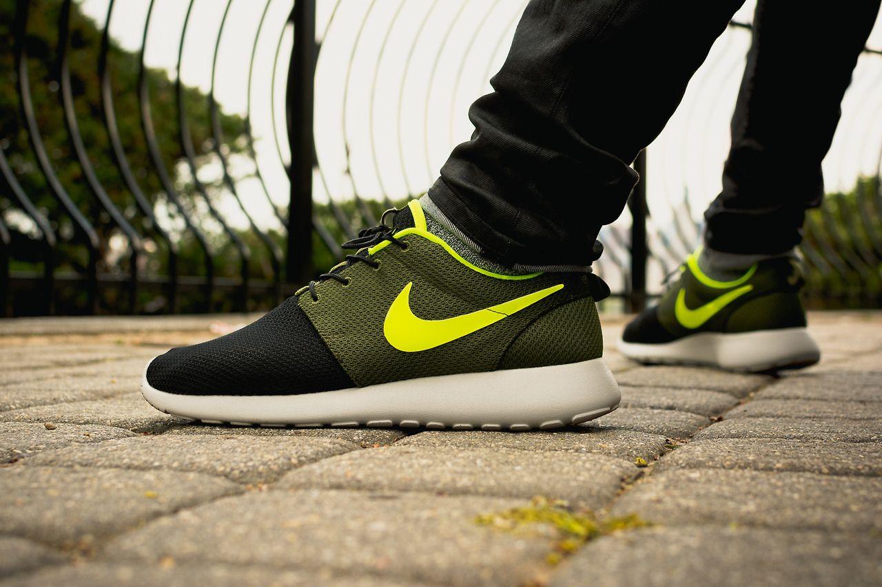 wholesale dealer 1870c 4df0b Nike ID Roshe Run