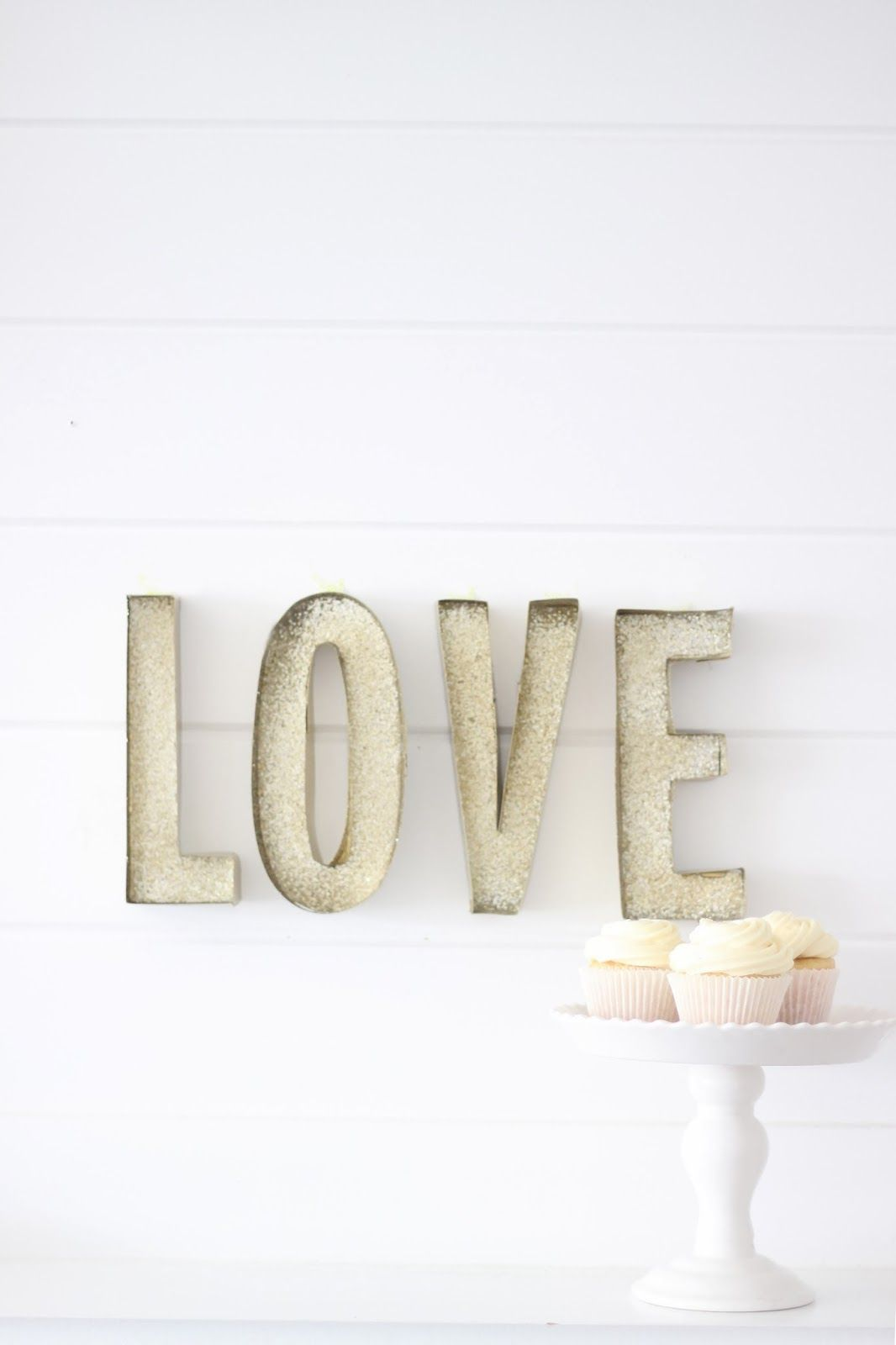 DIY tutorial on Glitter Marquee paper letters. Easy to make & cute for a party!