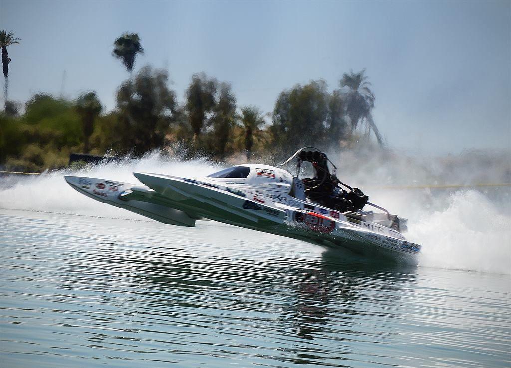 Pin On Circuit And Drag Racing Boats