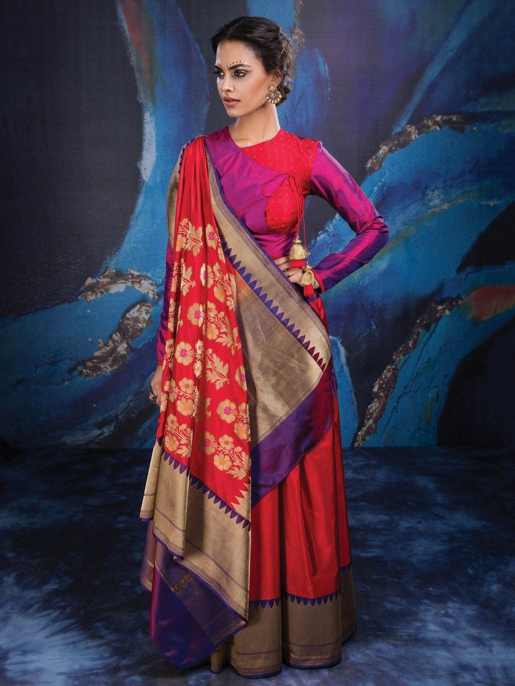 ed68045e4d7fee Red and Purple Banarasi Silk Saree with Weaving Work