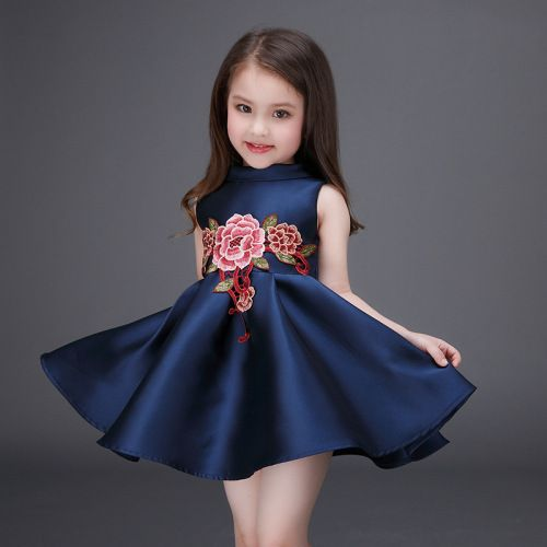 b2a196febe2e ... Sweet High-end Baby Girls Dress Embroidered Flower Bow Princess Tutu  Evening Dress Kids Clothes. Baby Girls Frocks Styles in Trend for Parties  and ...