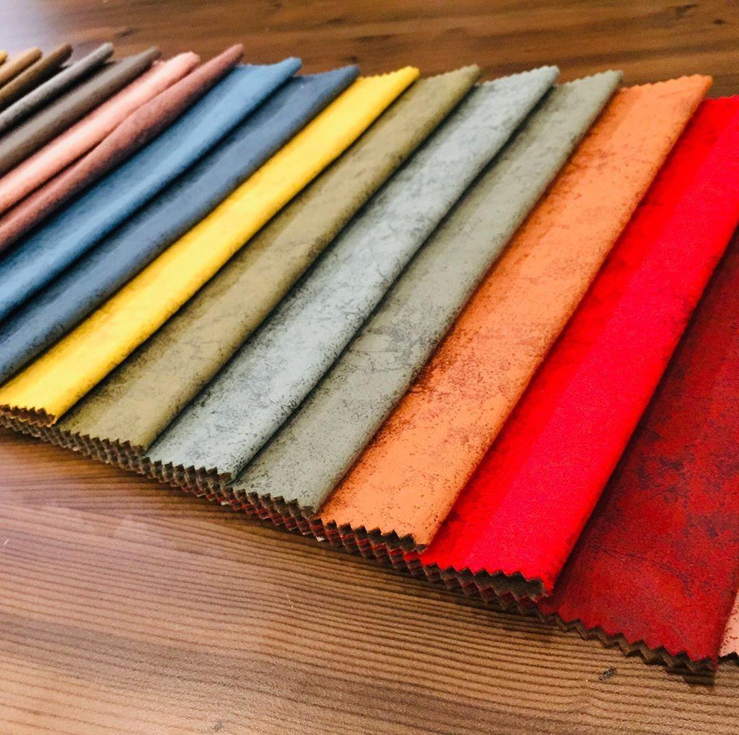 Iddia Ediyoruz En Kaliteli Kumaslar Zarina Tekstil De Aksah Royal Kumas Kolay Silinebilirlik Ve Leke Tutmaz Ozellikleriyle Sizlerle Decor Home Tableware