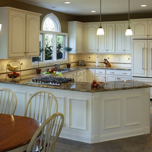 White Kitchen Cabinets And Countertops: Is There A Dark Side To Light Kitchen Cabinets?