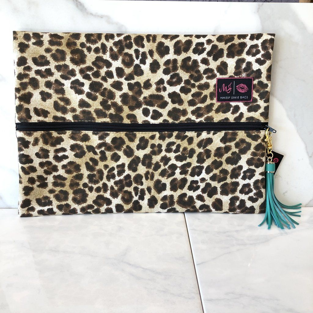 Savannah, Makeup Junkie Bag Bags, Makeup junkie, Shark
