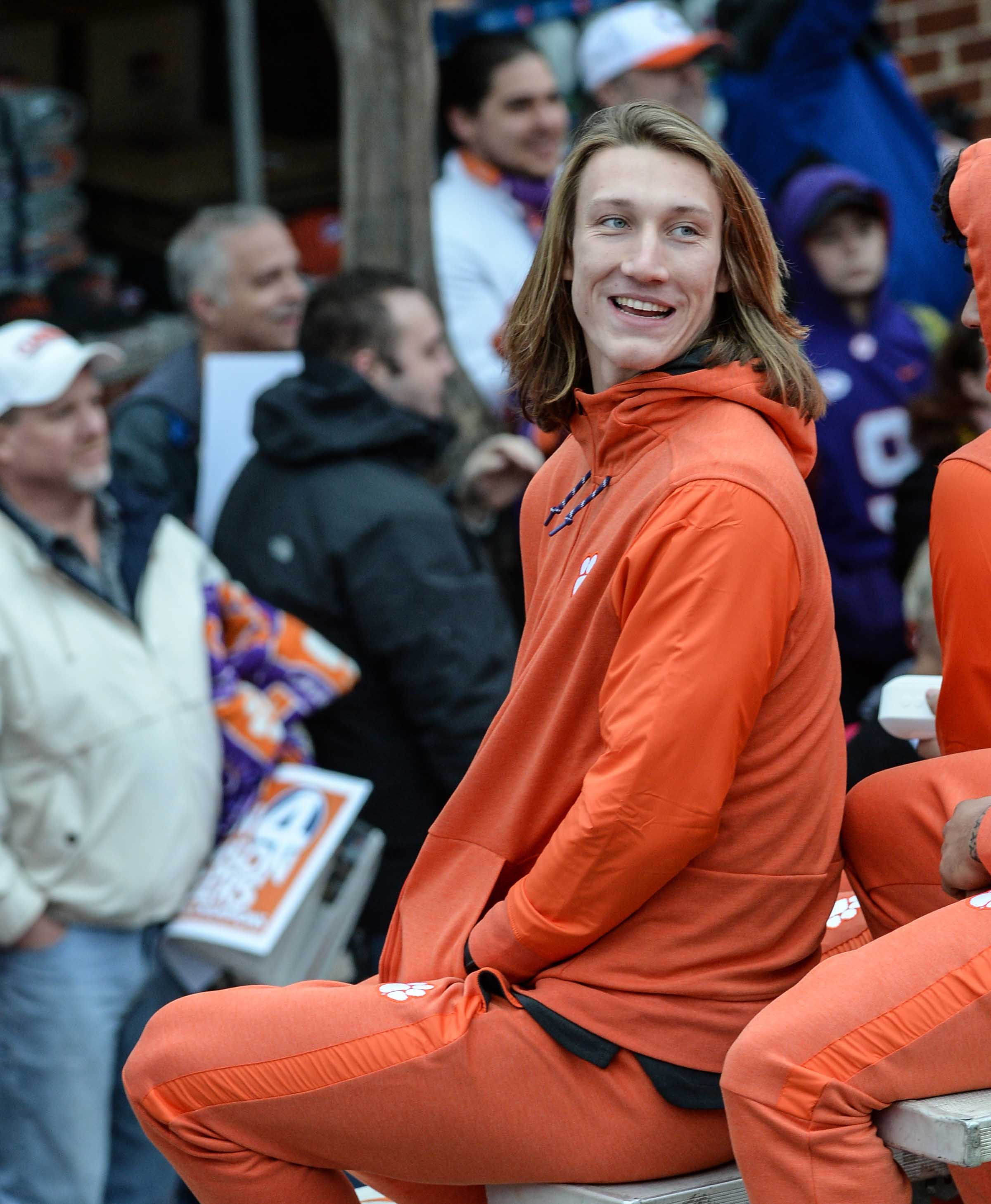 0655f042e Clemson QB Trevor Lawrence calls out fake Twitter quote praising fast food  at White House