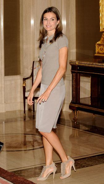 Letizia wearing flirty heels