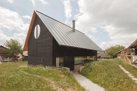 Épinglé par Mare pausum sur E_Toiture en pente | Maison, Architecture, Architecte