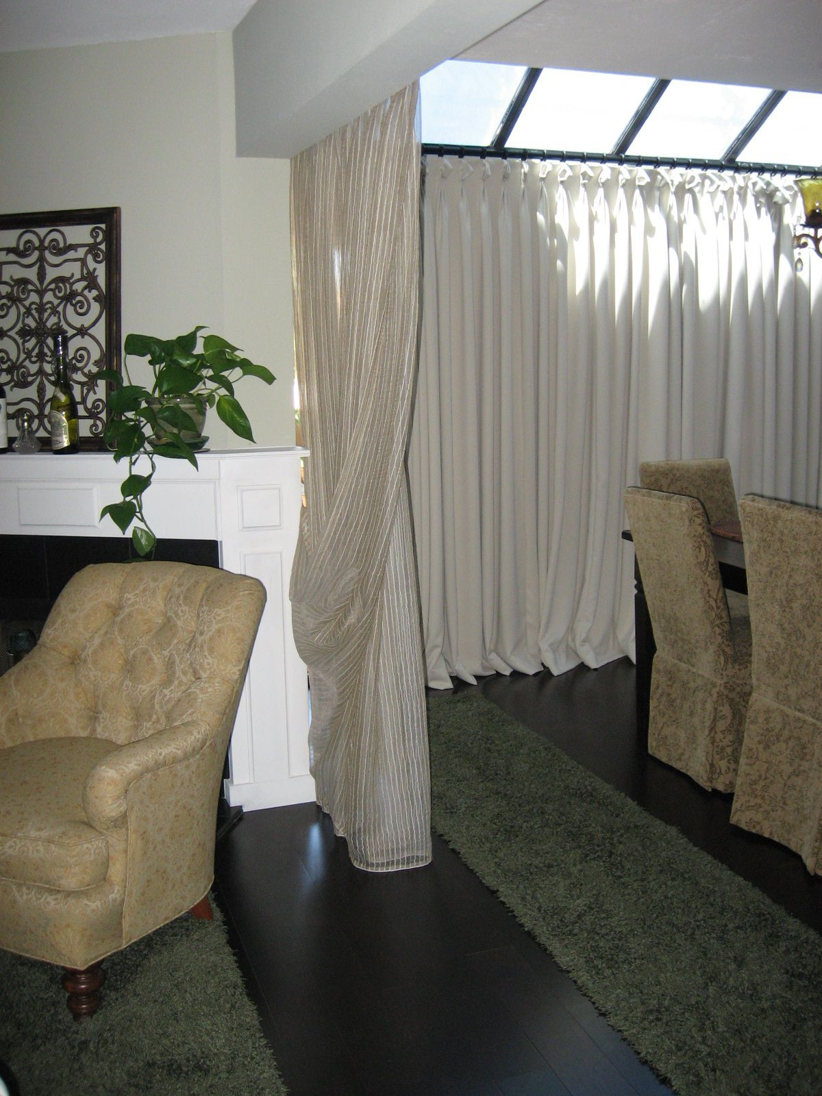 Portable curtain room dividers go to for Curtain partition living room
