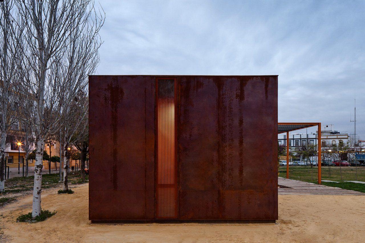 Galería de Reorganización del Parque Victoria Kent / Antonio Blanco Montero - 16