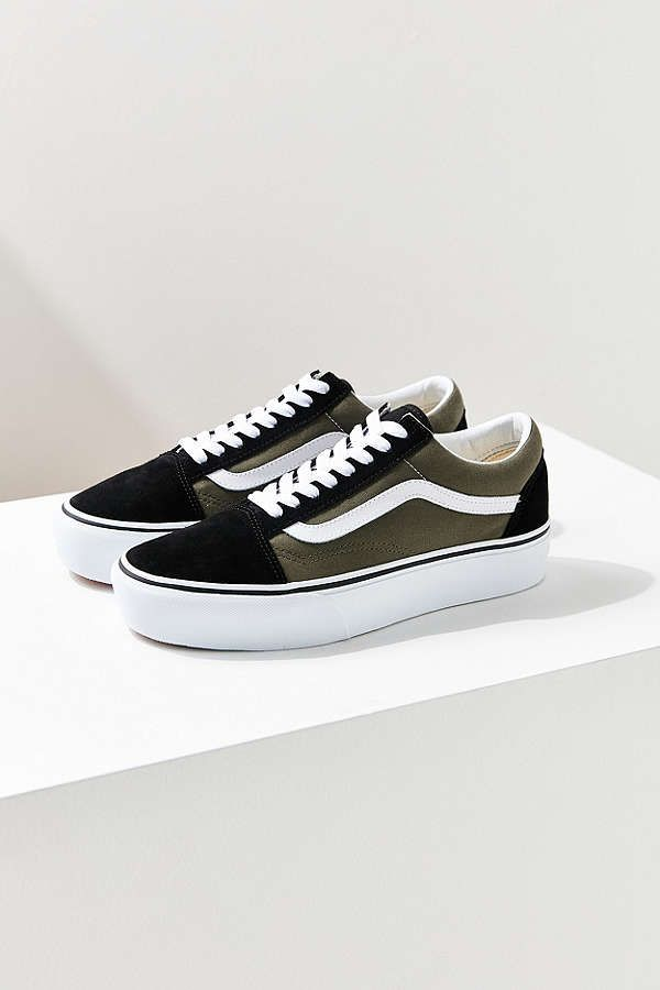 dd23960761 Slide View  2  Vans Old Skool Platform Sneaker