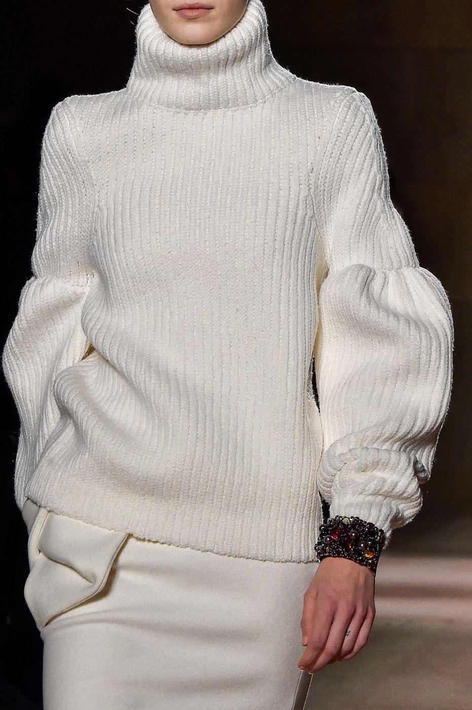 Victoria Beckham at New York Fashion Week Fall 2015 - StyleBistro