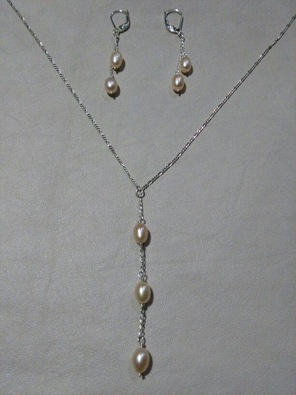 Juego en plata con perlas cultivadas de color