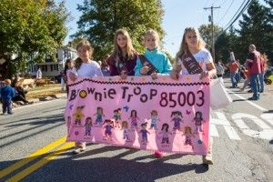 Girl Scout Parade Banner Size   Perfect weather for