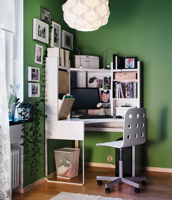 une id e astucieuse pour am nager un coin bureau dans un coin d 39 une pi ce une niche pour l. Black Bedroom Furniture Sets. Home Design Ideas