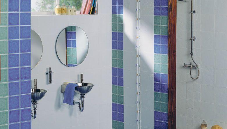 Catalogo Azulejos De Bano Revestimientos Ceramicos En La Decoracion De Paredes Bano Con Azulejos Azulejos Azules Decoracion De Unas