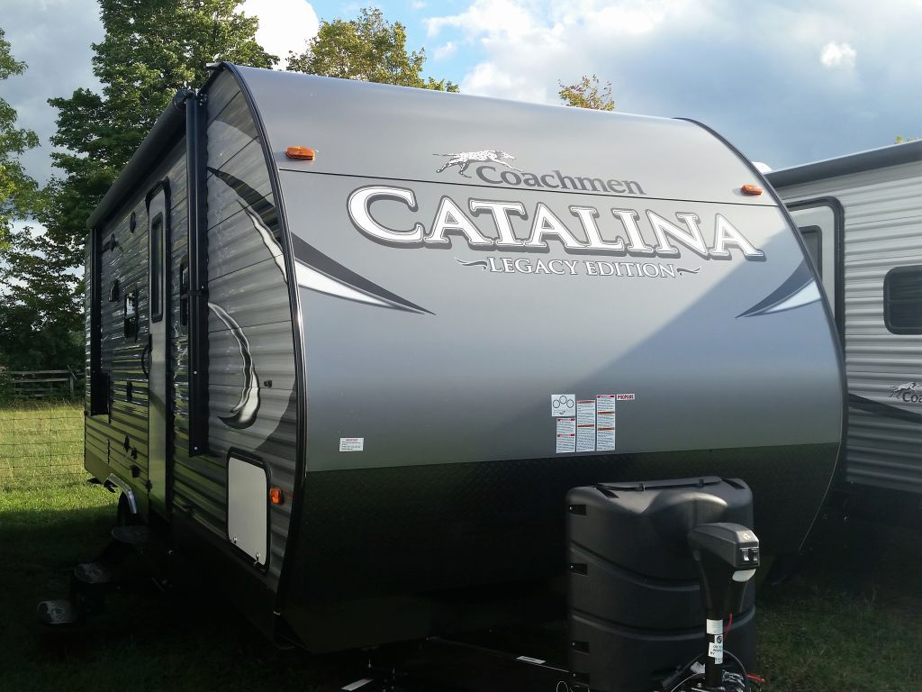 Great Canadian Rv >> 2018 Coachmen Catalina 243 Rbs For Couples Great Canadian