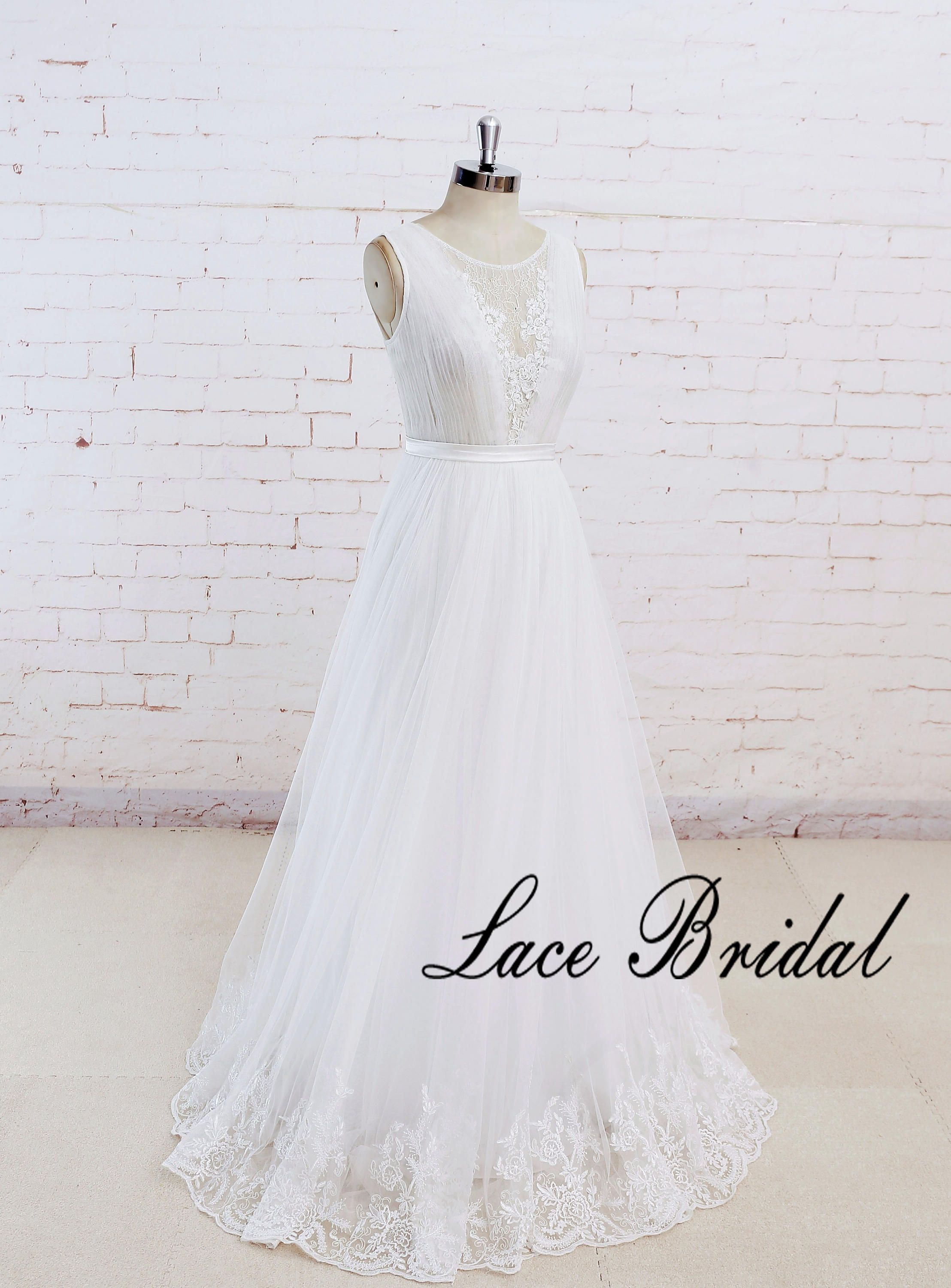 Wedding dress with lace top and tulle skirt boho wedding dress see