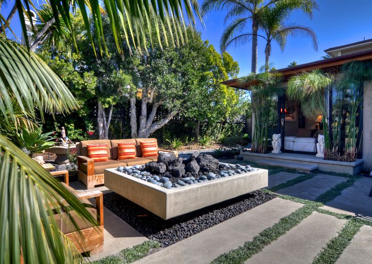 15 Outstanding Cinder Block Fire Pit Design Ideas For ... on Simple Cinder Block Fireplace id=51196