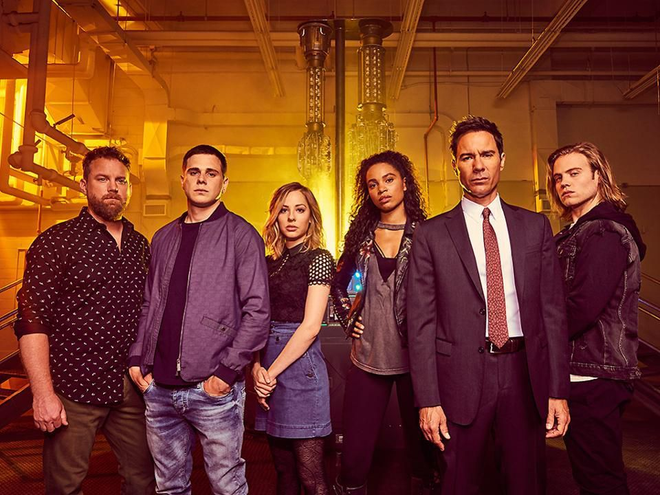 Travelers Season 2 Review Bigger And Better Netflix Releases