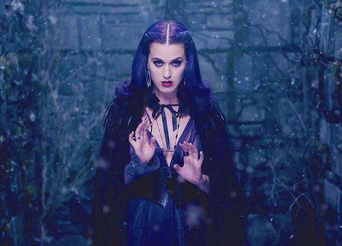 Katy Perry Wide Awake Mv Katy Perry Music Katy Perry Covergirl