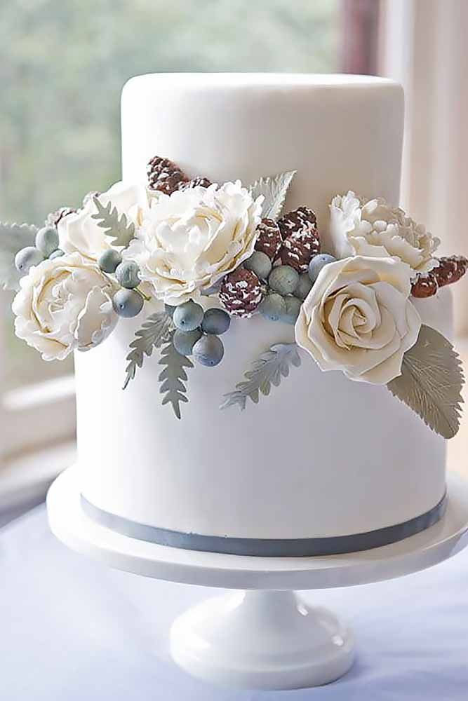 27 Small Wedding Cakes With Big Style | Small wedding cakes, Small ...