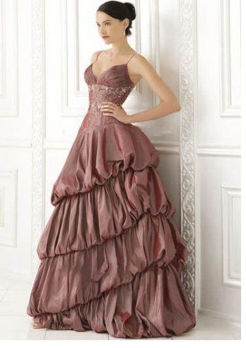 Most beautiful prom dress I\'ve ever seen!! Once again Demetrios has ...