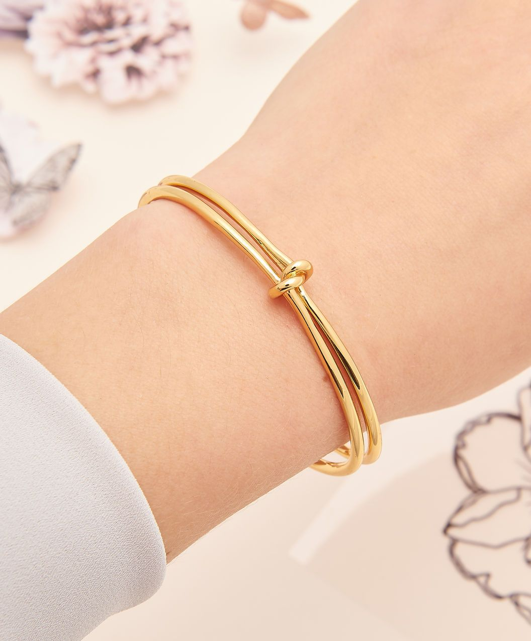 Forget Me Knot Cuff Bracelet Gold