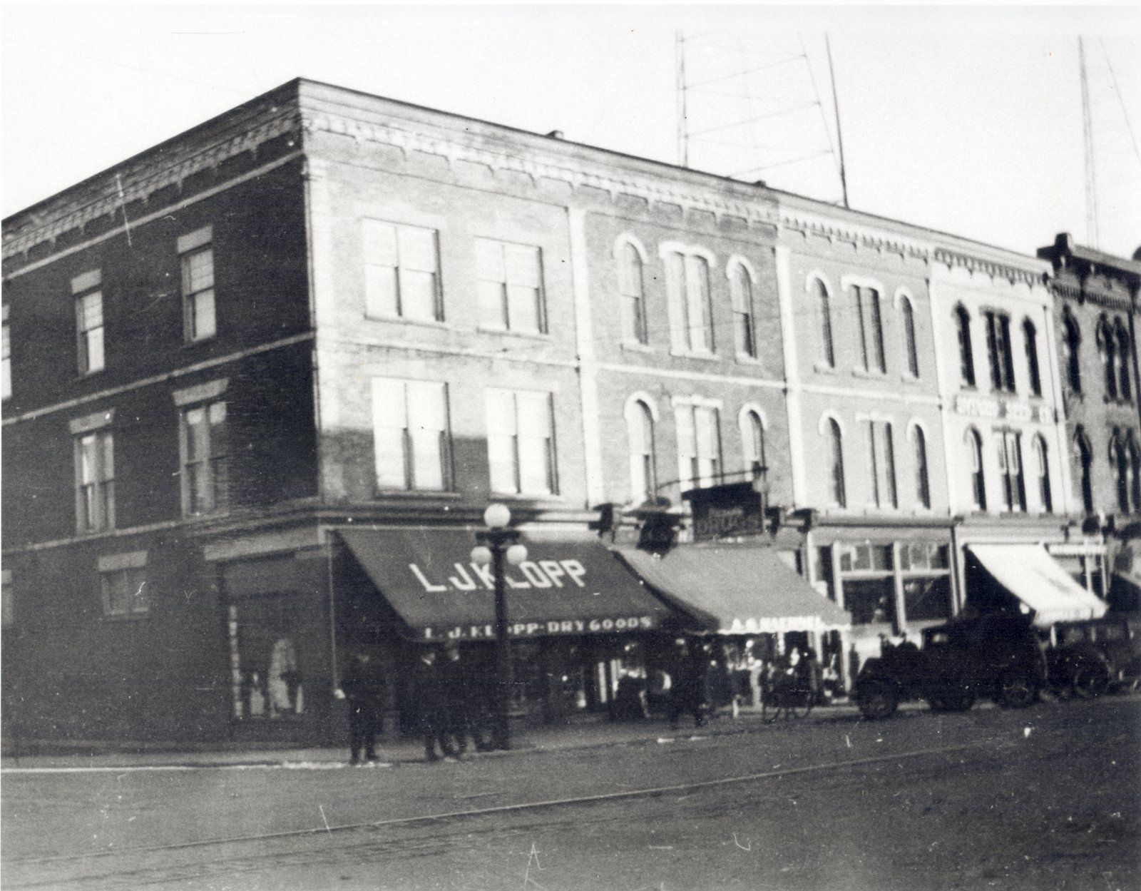 King St south of Erb in UpTown Waterloo shortly after 1911 when ...