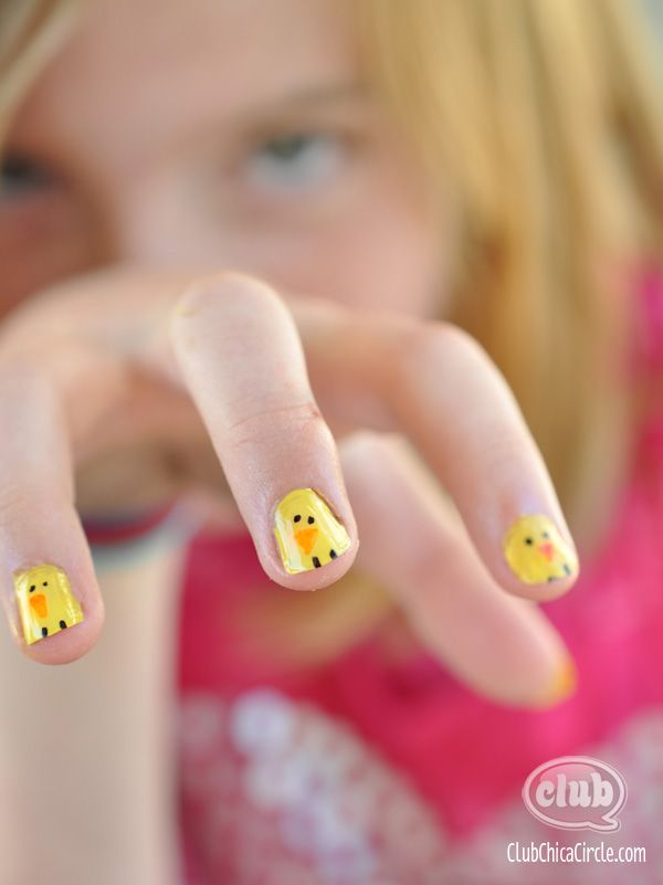 Tween Easter Sharpie manicure Chick by Club Chica Circle