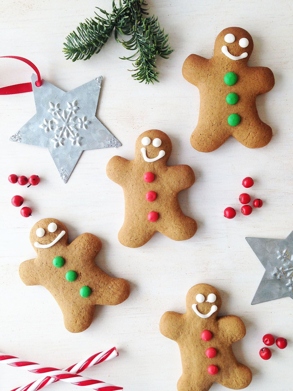 Gingerbread men with red and green buttons for Christmas