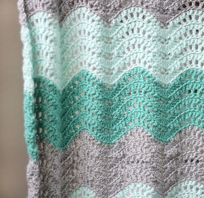 Crochet Feather and Fan Baby Blanket - Free Pattern | Manta ...