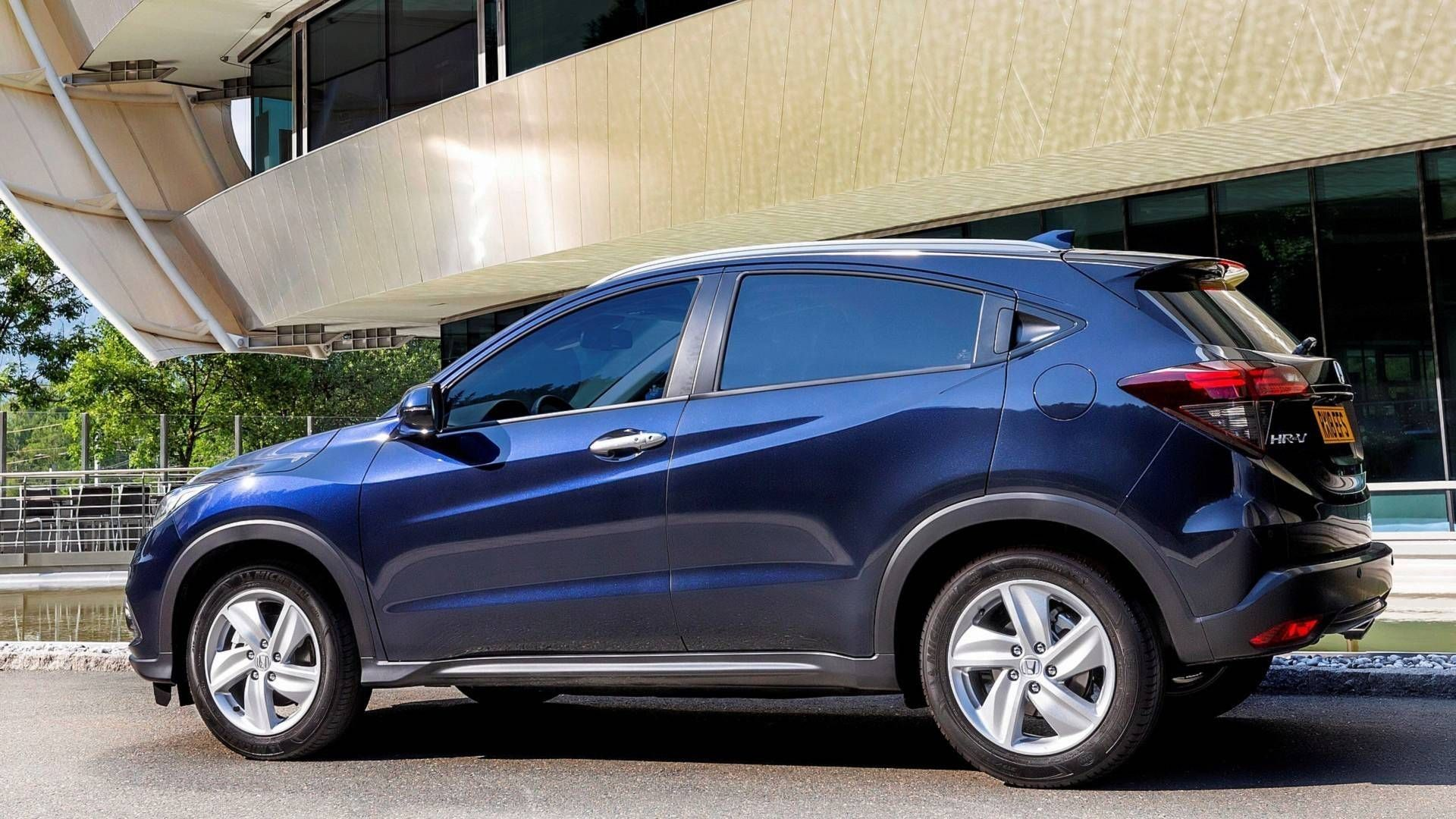 The 2019 Honda Hr V Crossover Release Date And Specs Cars Review