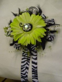 Lime Green & Zebra-Be creative! Wristlet in Elberton, GA - LIBBY'S FLOWERS GIFTS & MORE