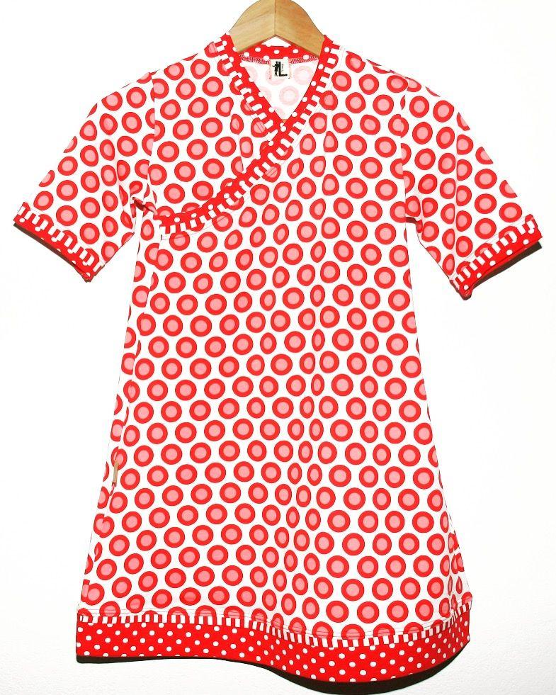 Punktiges Kleidchen für starke Mädels #trendy #kids