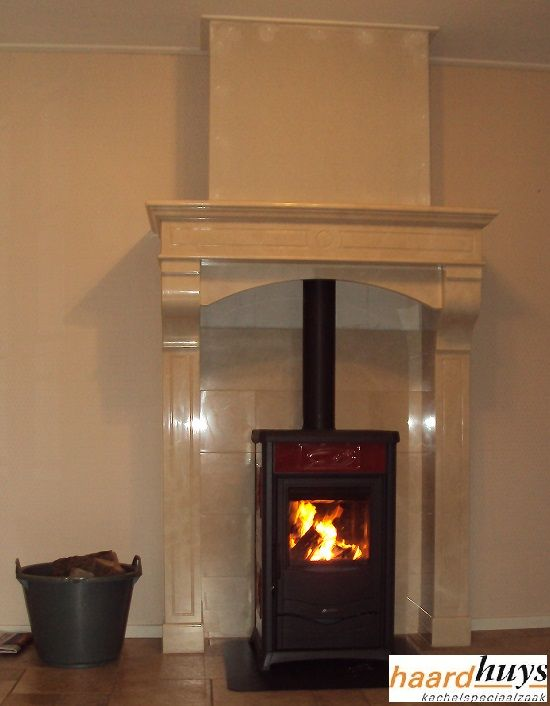 houtvrijstaand cv kachel in hoge schouw  nordic fire