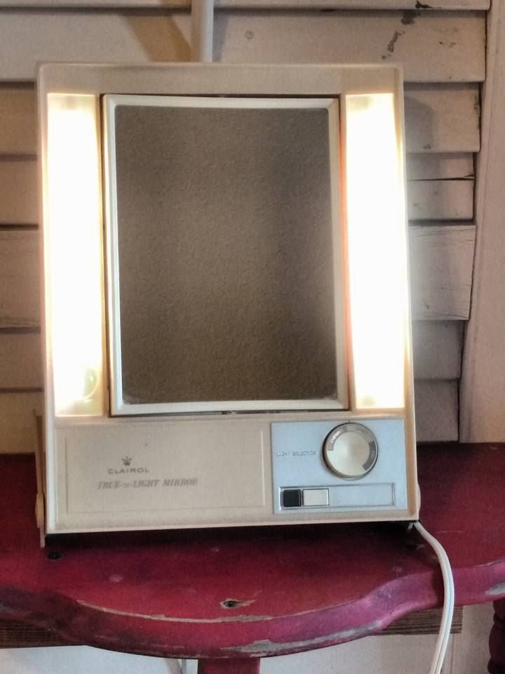 Vintage Clairol True To Light Lighted Make Up Mirror Two Sided