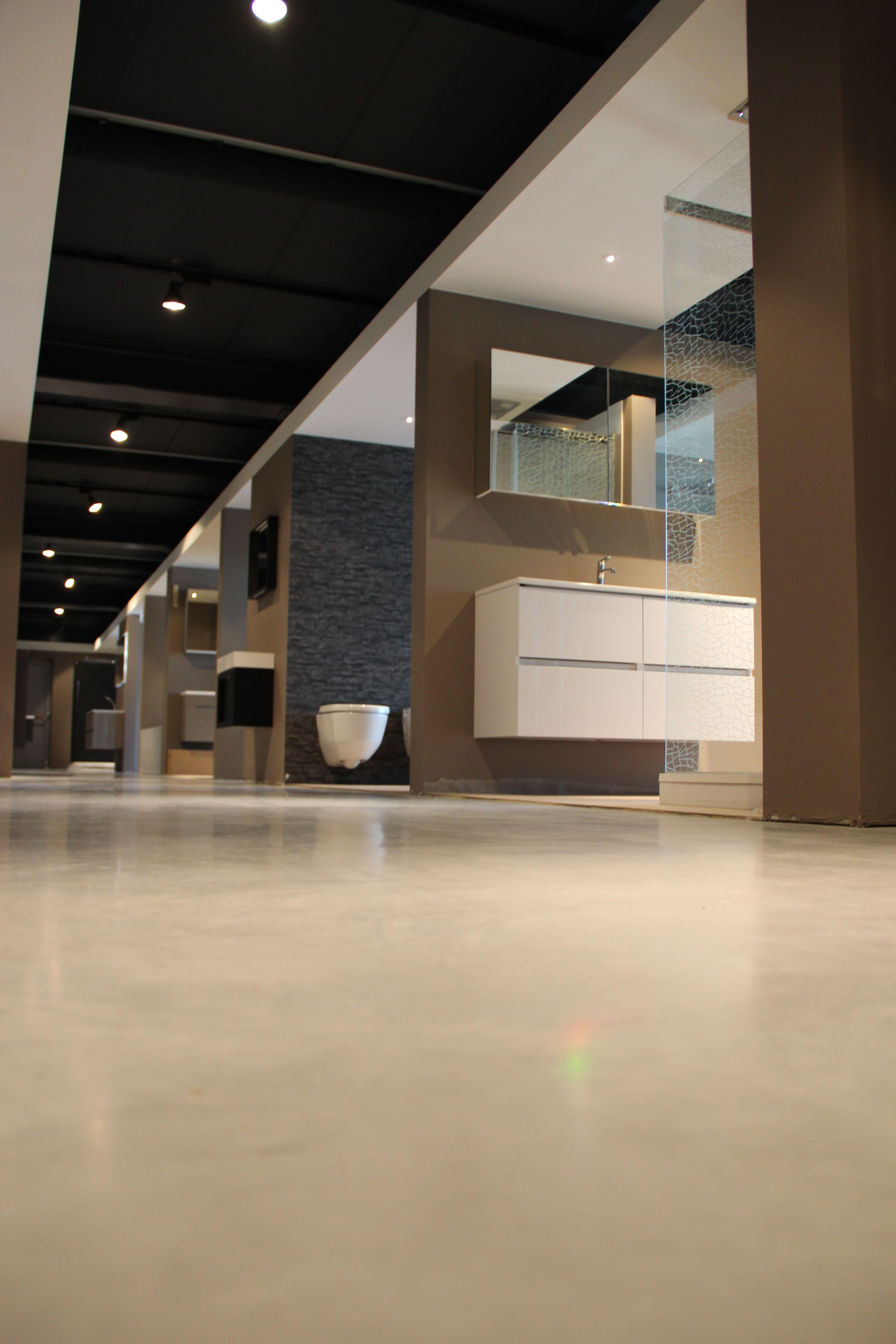 Showroom Vertommen Sfeerbeeld toonzaal badkamers, keukens en ...