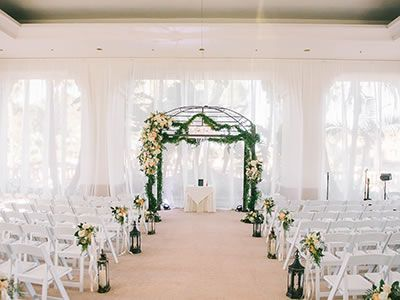 The Waterfront Beach Resort A Hilton Hotel Huntington California Wedding